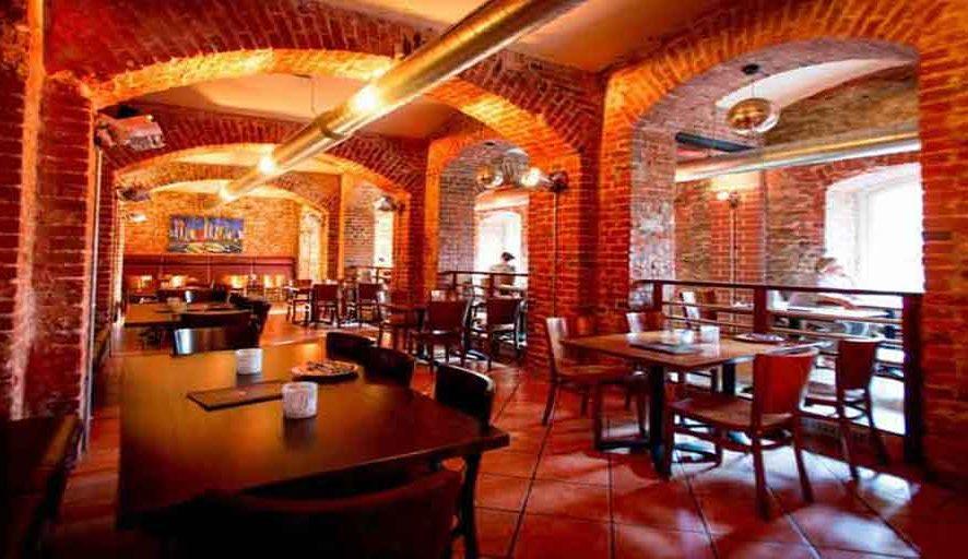 Palais-Restaurant-Bar